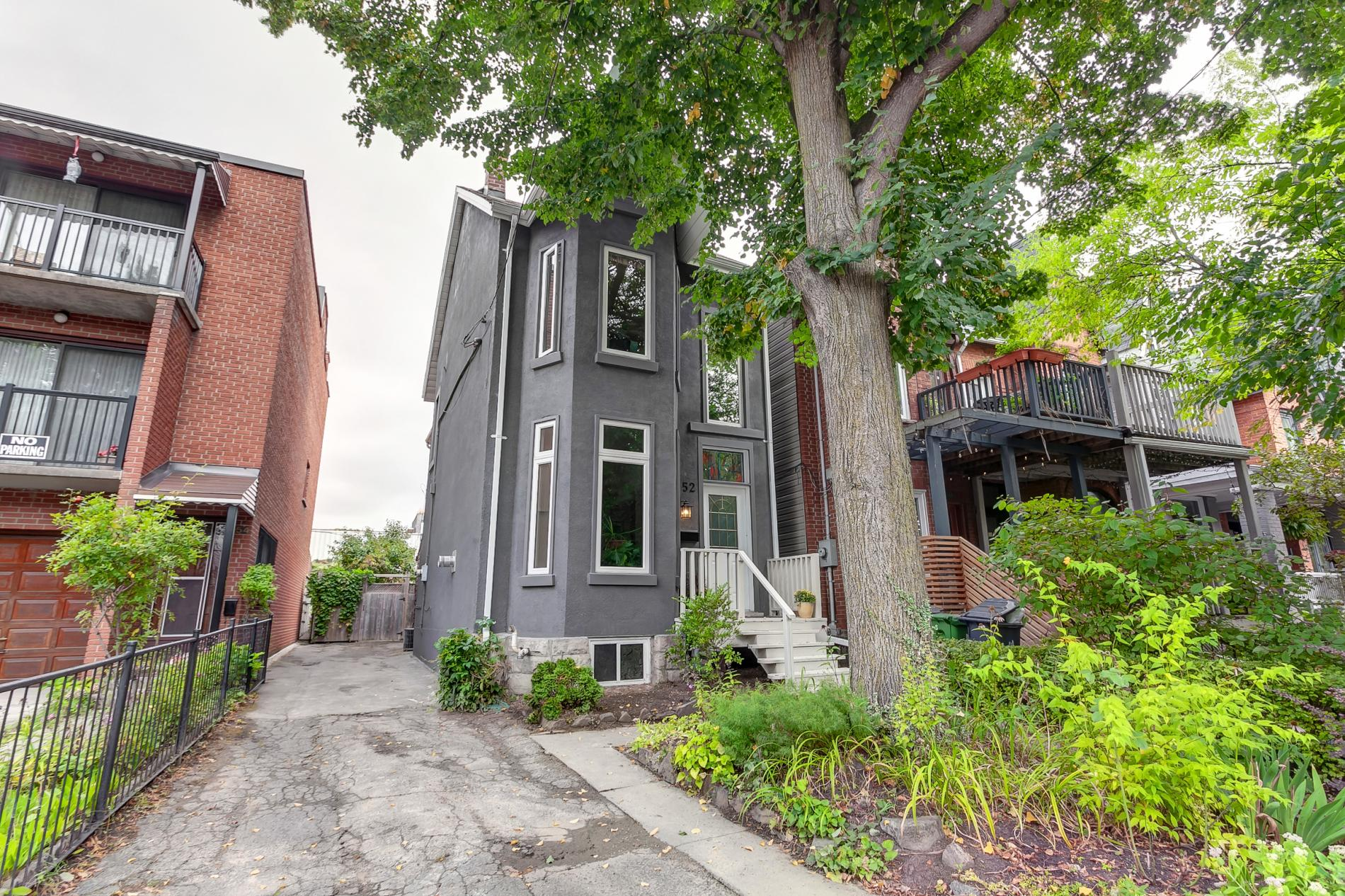 Read more about the article 52 Wright Ave