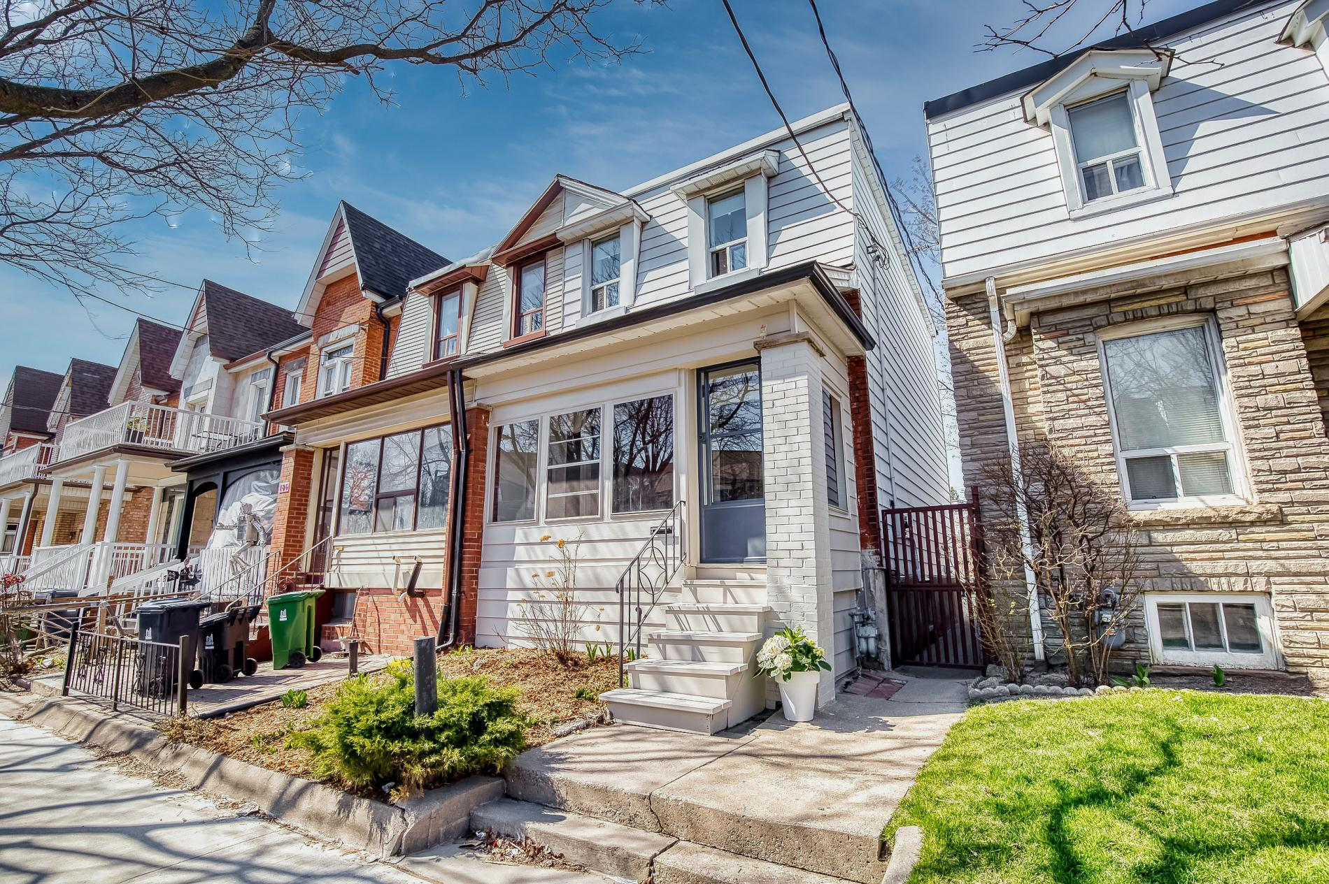 Read more about the article 188 Lansdowne Avenue